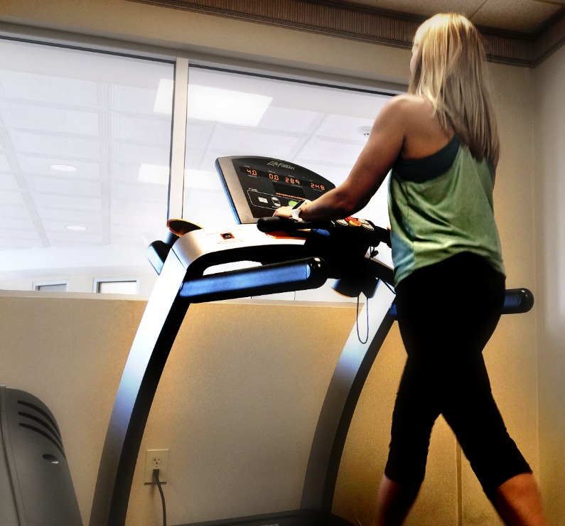 Awesome treadmill walking workouts - Whether you're a beginner or have been walking for a while, these walking workouts are sure to add some fun to your treadmill walk!