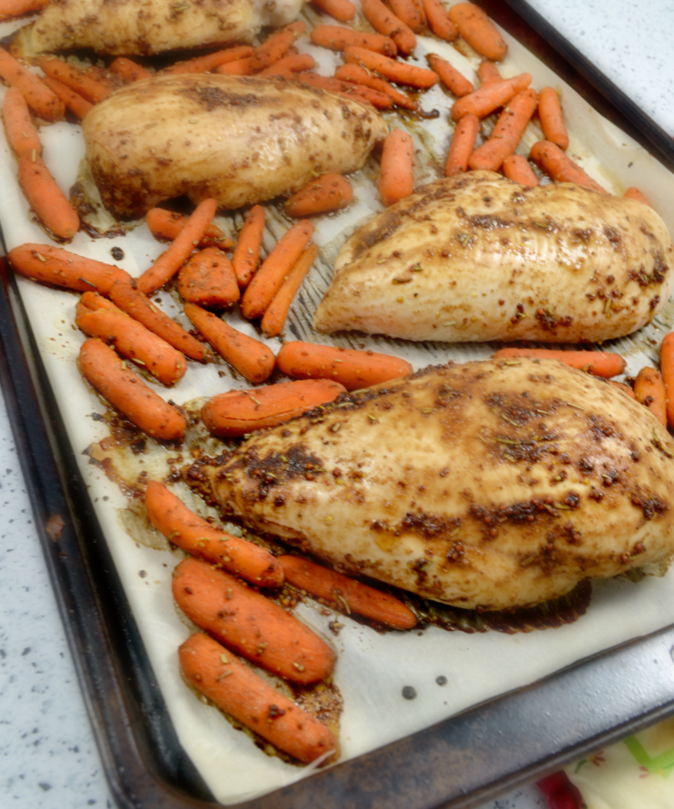 Maple Dijon Chicken and Carrots Healthy Sheet Pan Dinner. Easy, healthy, and bakes on a single sheet pan for quick cleanup. A family favourite and true crowd pleaser! #sheetpandinner #healthydinner #healthyrecipe