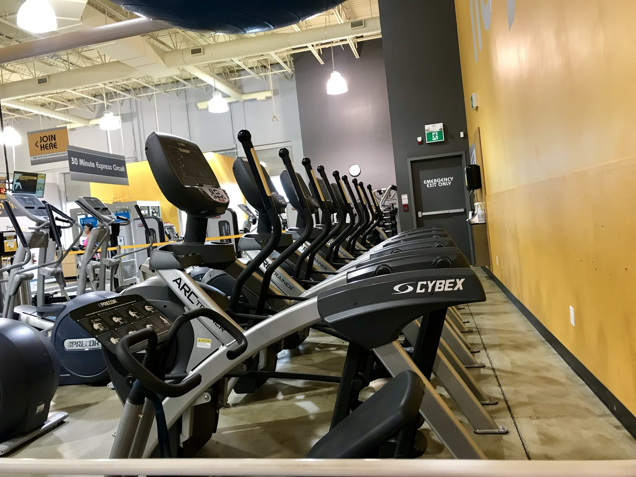 Fit4less Cardio Machines