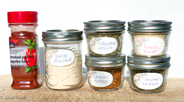 Spices for spicy cajun roasted chickpeas